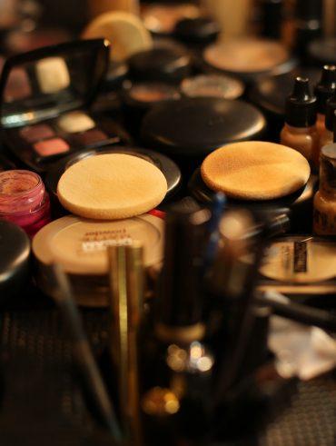 makeup trousse